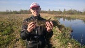 Ловля щуки на малой реке весной. Твиччинг крупных воблеров