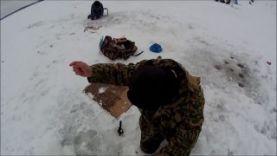Ловля леща зимой 2016 на течении (спускник)