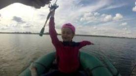С дочкой ловим окуня на спининг! Озеро Б.Кременкуль г.Челябинск.